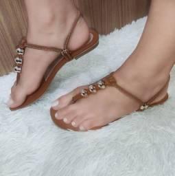 Lindas sandálias rasteirinhas com excelentes preços