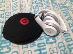 Fone de ouvido beats wireless
