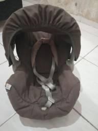 Carrinho + bebê conforto Galzerano