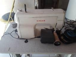 01 máquina de costura