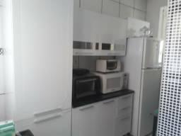 Armário de cozinha de aço.