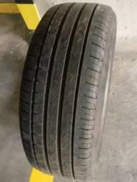 Vendo 2 Pneus Pirelli Roda 17' usados. Oportunidade!!!