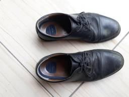 Sapato couro 42