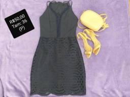 Vendo esses vestidos Tam: P