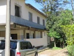 Vendo Ampla Casa em Petrópolis