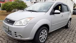 01 - Ford Fiesta 1.6 Hatch completo 2010