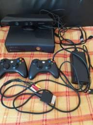 Vendo Xbox 360 com kinet
