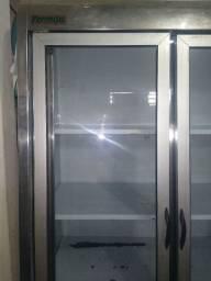 Vendo uma frize Esposito de 4 porta de 2x 2