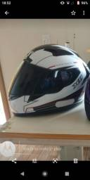 Vendo capacete seminovo x11 volt