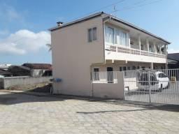 Alugo apartamento e kitnet temporada em santa Catarina