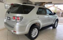 Hilux SW4 2013
