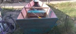 Título do anúncio: Vende se um barco com 2 remos