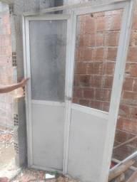Título do anúncio: porta de alumínio