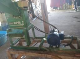Triturador Nogueira Motor 7,5 HP Alta Rotação Chave TriAnguloPouco Uso