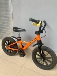 Bicicleta infantil - Aro 14 - Freio a disco