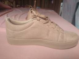 Sapato (tipo tênis)