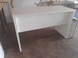 Título do anúncio: Mesa em Mdf branco