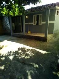 Título do anúncio: Alugo casa em Cascadura