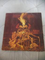 Título do anúncio: Disco LP vinil Sepultura Arise 1991 Orgasmatron