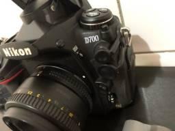 Título do anúncio: Câmera Nikon D700 Full Frame + Lente 50mm 2 Cartões CF 16GB