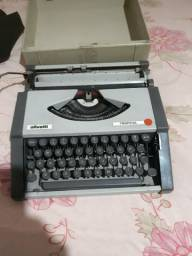 Máquina de escrever  ollivetti