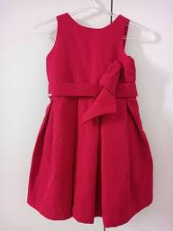 Vendo lindo vestido para meninas de 2 a 3 anos.