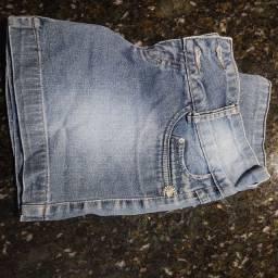 Título do anúncio: Vendo shorts jeans feminino semi novo