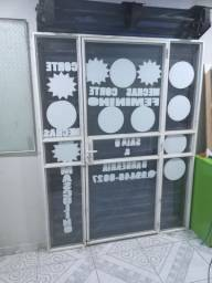 Título do anúncio: Vendo essa porta de vidro os interessados WhatsApp *