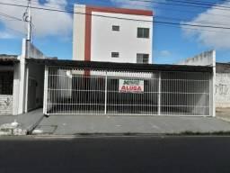Título do anúncio: Aluga-se apto no residencial Santo Antônio. Na rua Clara Almeida