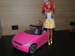 Carro da barbie com boneca