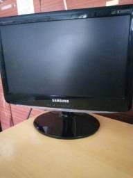 Tela de PC Samsung - Usada em ótimo estado