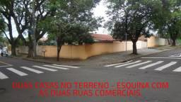 2 casas em uma esquina de ruas comerciais no CJ. Borba Gato