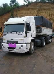 Caminhão Cavalo e basculante graneleiro
