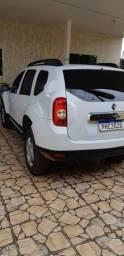 Vende-se carro Duster Branco( 38mil) - 2015