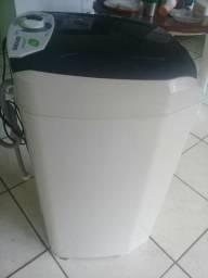 Vendo um tanquinho lav roupa suggar 10kg lavamax eco 110v