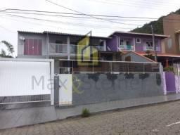 R#A_ Casa 4 dorms., sendo 2 suítes, quintal com piscina, varanda gourmet. 48 99822-9631