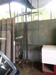 Estrutura de telhado de portao