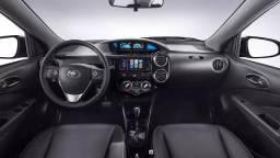 Toyota Etios Platinum Automático 2019, top de linha - 2019