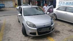 Renault Sandero Expression 1.6 completo 4p - 2014