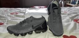 Tênis Nike Vapormax Flyknit número 41 e 42 importado novo