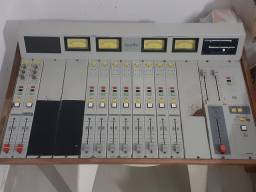 Mesa de áudio audivi