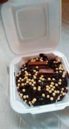 Mini bolo vulcão