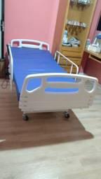 Vendo Cama Hospitalar Motorizada 3 Movimentos C/ Colchão Revestido Em Napa