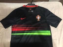 Título do anúncio: Camisa Nike Portugal home 2015 - Tamanho M