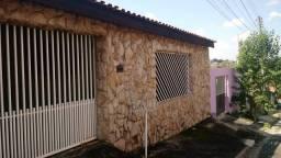 Casa para Venda em Campinas, Dic V, 3 dormitórios, 1 suíte, 2 banheiros, 3 vagas