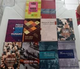 Coleção de livros pedagógico para o curso de graduação de serviço social...