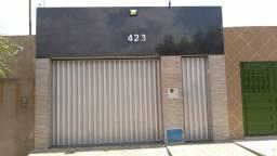 Alugo casa com acabamento de luxo e confortável perto da Tecnolity em Juazeiro do Norte.