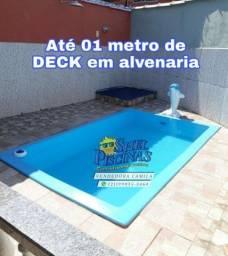 Título do anúncio: Piscininha piscina de fibra com deck de alvenaria