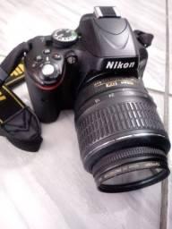 Título do anúncio: Camera semi profissional Nikon 5100<br>