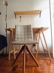 Título do anúncio: Escrivaninha Cavalete + Cadeira seminova + Brinde